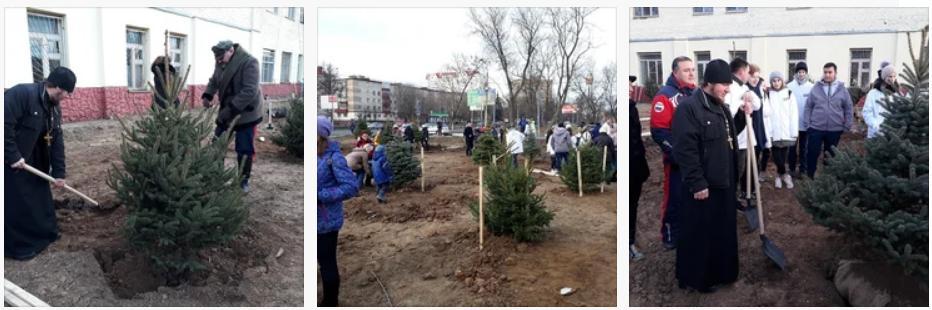 17 ноября прихожане Спасского храма города Солнечногорска приняли участие в общегородской экологической акции Ёлки: начало. В рамках этого мероприятия было облагорожено три участка городской территории и было высажено 100 хвойных деревьев